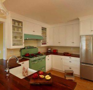 классическая кухня в стиле ретро