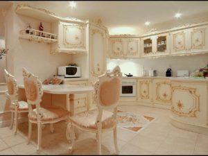 Красивая кухня в стиле Рококо