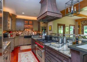 Кухня рустик для дома
