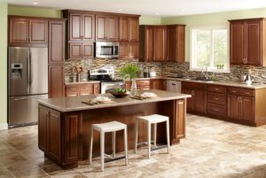 Кухня в американском стиле из массива дерева