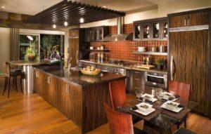Кухня в итальянском стиле из массива дерева