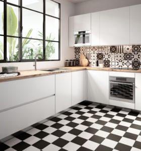 Кухня в стиле пэчворк монохромные цвета