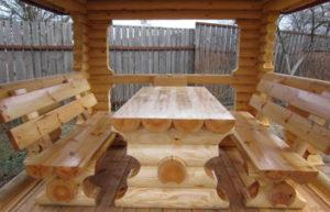 Стол и скамейки со сруба для беседки