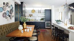Удобная кухня в эклектичном стиле