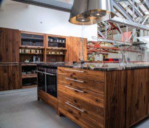 Дизайн кухни в стиле лофт рустик