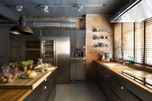 Дизайн кухни в стиле лофт с островком