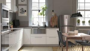 Кухня лофт светлая