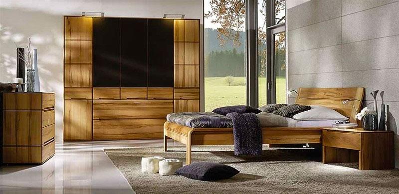 Деревянный гарнитур для спальни