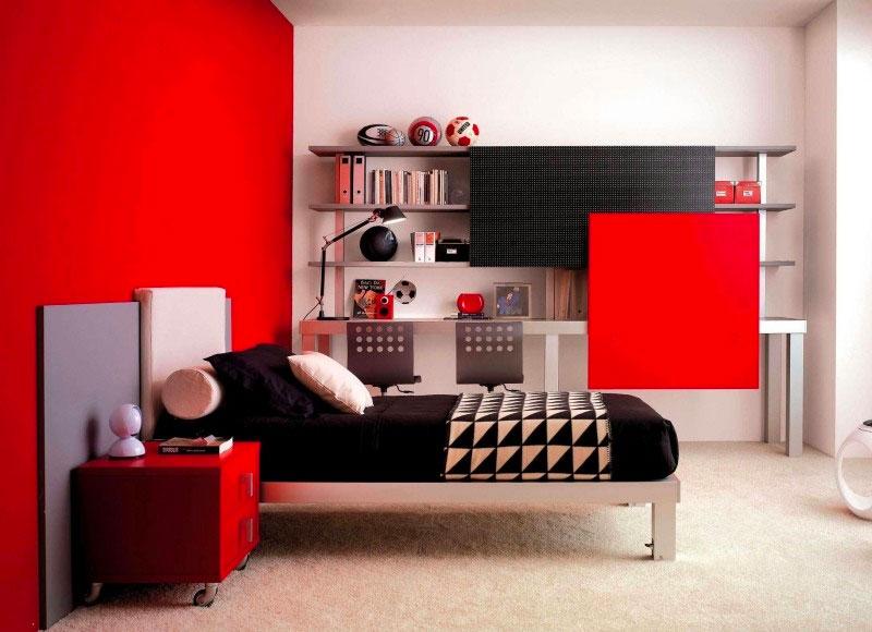 Детская комната с мебелью красного цвета
