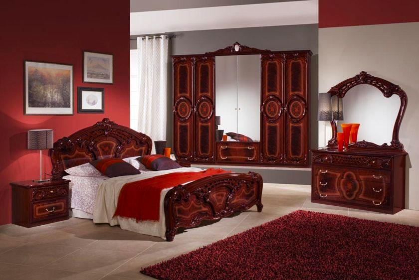 Спальня в темно-красных тонах