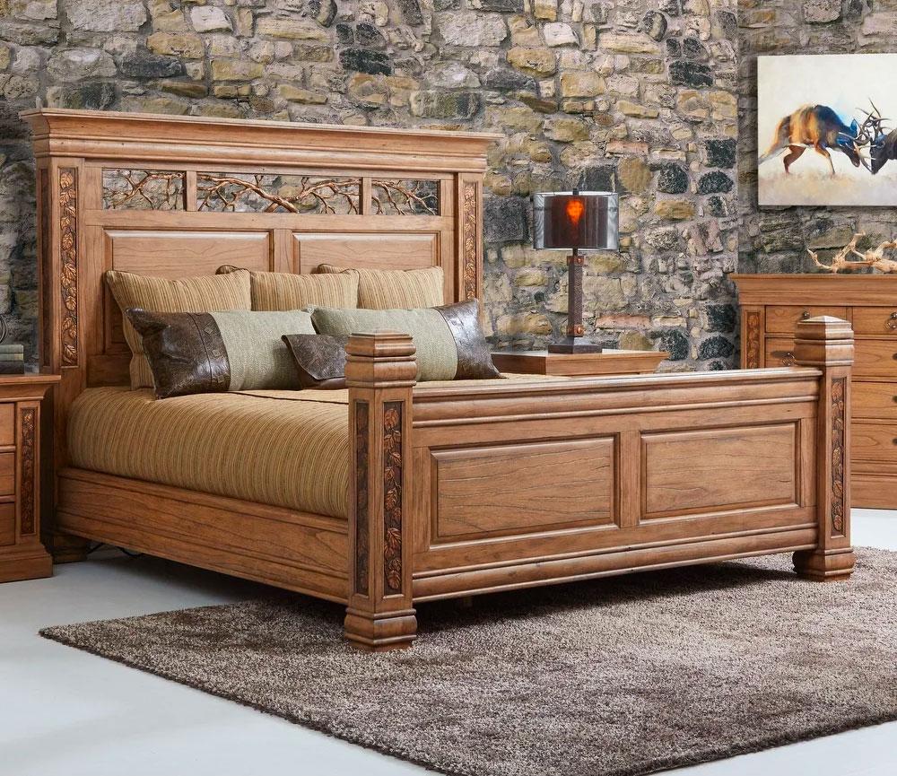 Спальня с резной мебелью