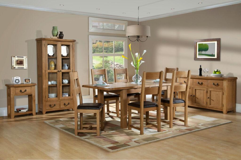 Столовая мебель из дуба